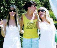 Lara Flynn Boyle with Juicy designers Gela Taylor and Pamela Skaist-Levy.