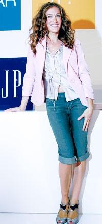 Sarah Jessica Parker at The Gap.