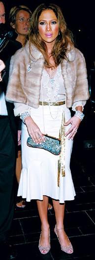 Jennifer Lopez in Marc Jacobs.