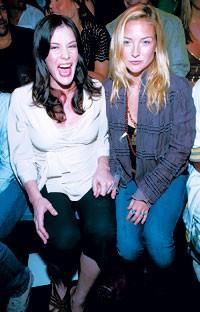 Liv Tyler and Kate Hudson