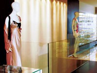 A glass-encased skywalk is a star attraction.
