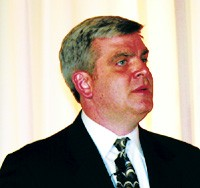 Jim Neal, Kurt Salmon Associates