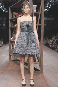 Walter Rodrigues will be one of 50 designers at Fashion Rio June 15-19.