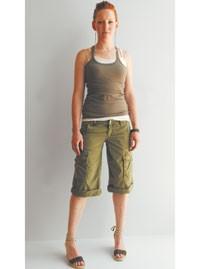 Joie's knee-length cargo shorts.