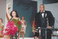 Andre Leon Talley presented the Fashion Excellence Award to Diane von Furstenberg in 2003.