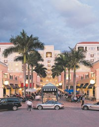 General Growth Properties Inc.'s Mizner Park offers shopping, dining, living and office space, and cultural institutions, including the Boca Raton Museum of Art.