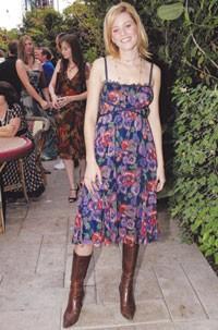Elizabeth Banks in Moschino.