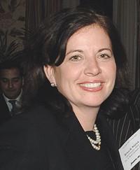 Laura Weil