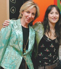 Origins' president Daria Myers and KT Tunstall.