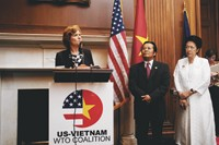 U.S. Trade Representative Susan Schwab, Vietnamese Ambassador Nguyen Tam Chien and Ton-Nu-Thi Ninh, a member of the Vietnamese National Assembly.