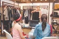 Shop attracts 100 or more vendors per market.