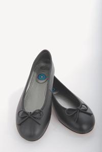 Scoop's ballet slippers.