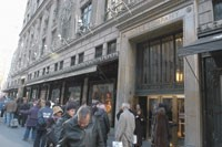 Luxury department stores were in favor with shoppers throughout 2006.