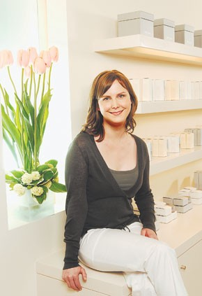 Chanel Jenae in the new Arcona studio.