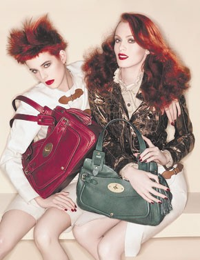 Agyness Deyn and Karen Elson with the Smithfield Mulberry bag.