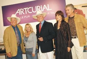 Steve Kanaly, Charlene Tilton, Larry Hagman, Linda Gray and Patrick Duffy.