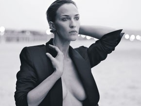 Linda Hardy shot by Peter Lindbergh.