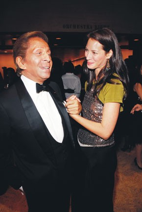 Valentino with Christy Turlington Burns in Marc Jacobs.
