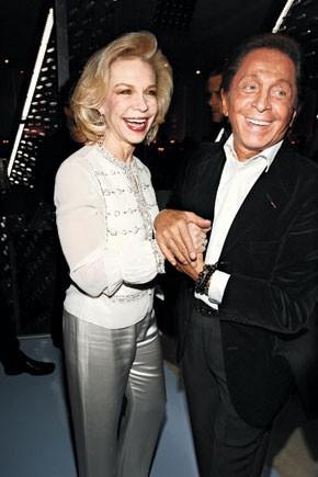 Lynn Wyatt in Valentino with the designer.