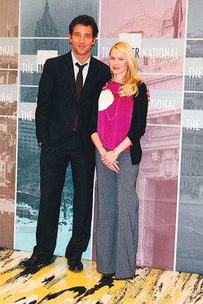Clive Owen and Naomi Watts