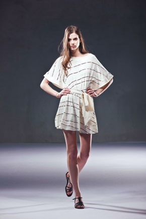 Two looks designed by Juliana Jabour.