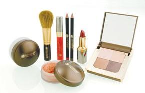 Makeup from Jennifer Flavin-Stallone.