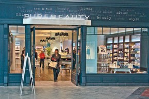 The entrance to PureBeauty in the Mall of America.