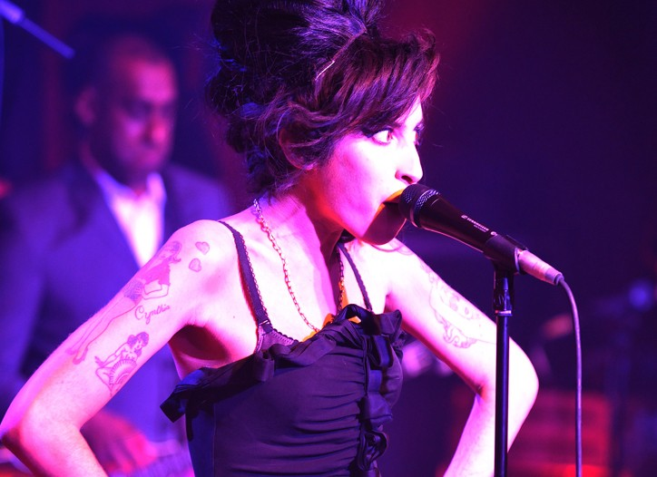 Amy Winehouse performs at the Fendi party.