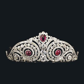 A tiara made by Henri Lavabre for Cartier, circa 1913.