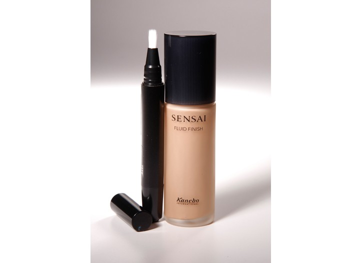 Sensai's new concealer and fluid foundation.