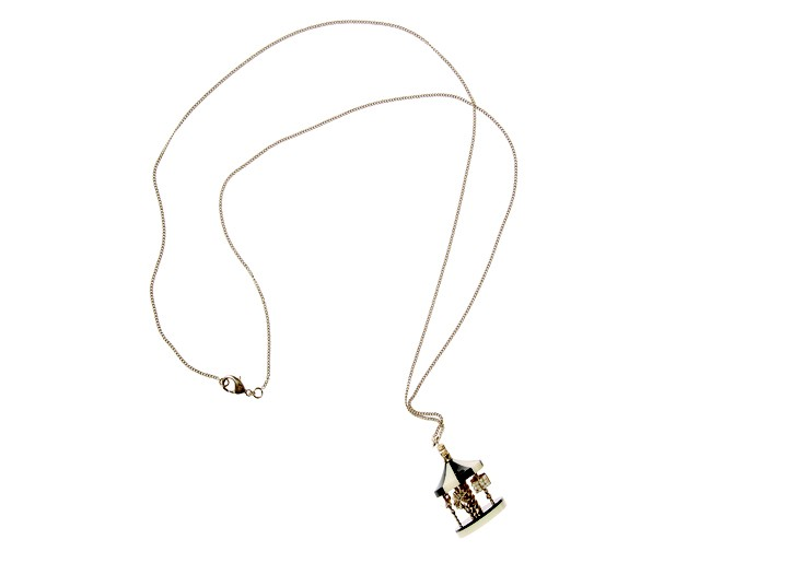 Chanel's carousel necklace.