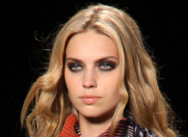 Miss Sixty RTW Spring 2009 Beauty