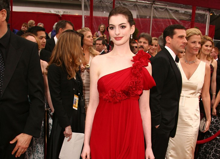 Anne Hathaway in Marchesa at the 2008 Oscars.