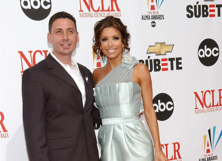 Gustavo Cadile and Eva Longoria Parker, in one of his designs.
