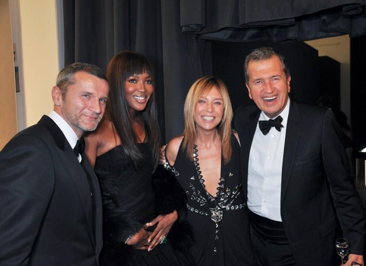 Bernard Rung, Naomi Campbell, Aliona Soletskaya, editor of Russian Vogue and Mario Testino.