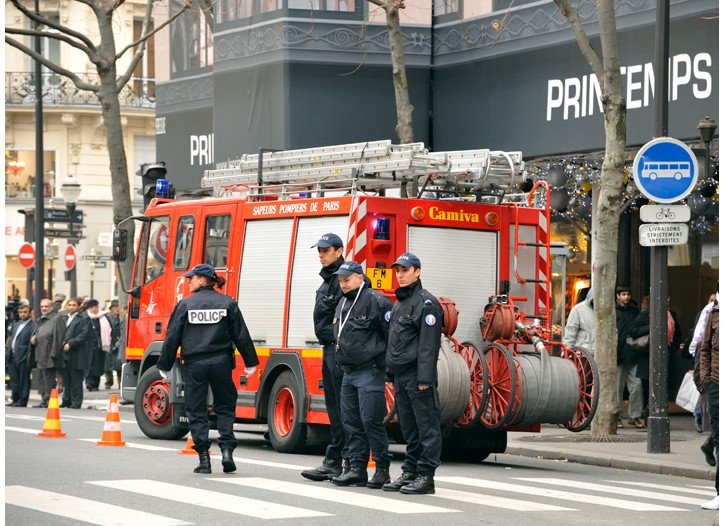 Police in front of Printemps department store in Paris following a terrorist alert.