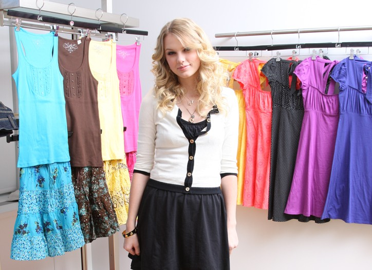 Taylor Swift in the L.E.I showroom on Wednesday.