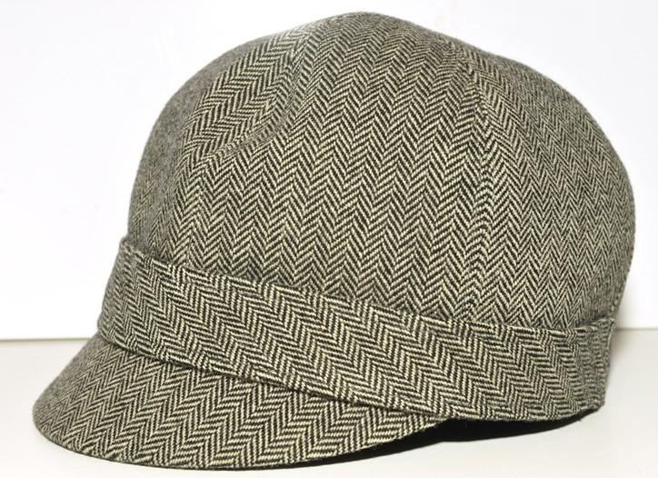 Anthony Peto hat.