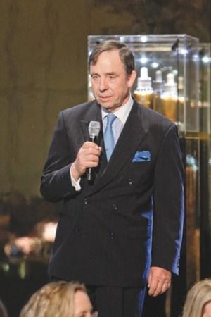 Daniel Maes, Estée Lauder