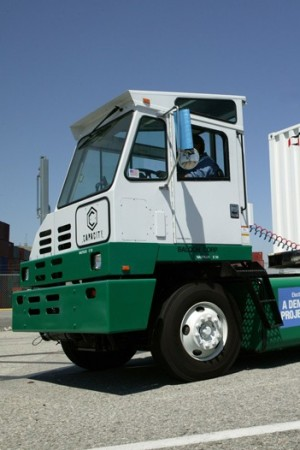 An electric truck at the Port of Los Angeles.