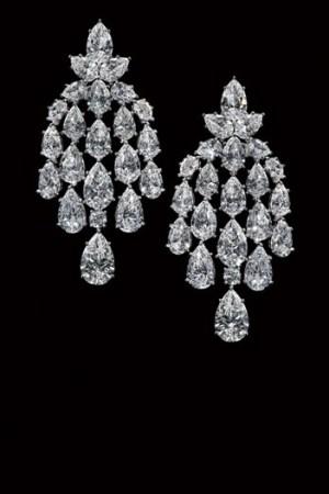 Earrings from Harry Winston.