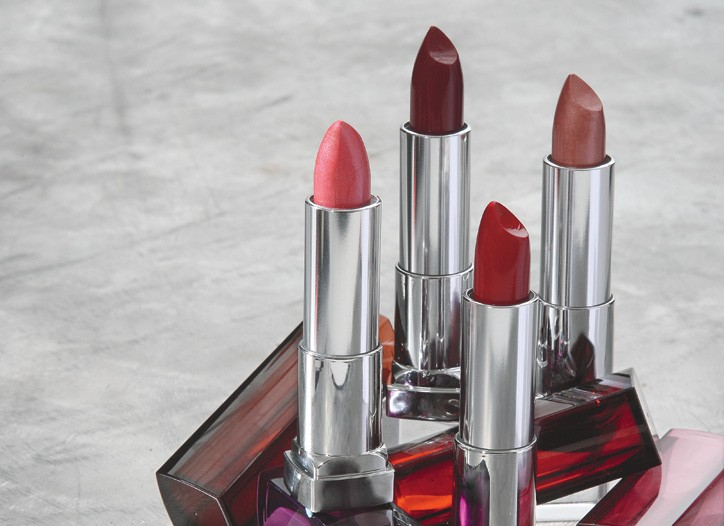 Maybelline New York is looking to resuscitate the mass lipstick category with Color Sensational, a 48-shade lipstick range that also includes  glosses and lip liners.