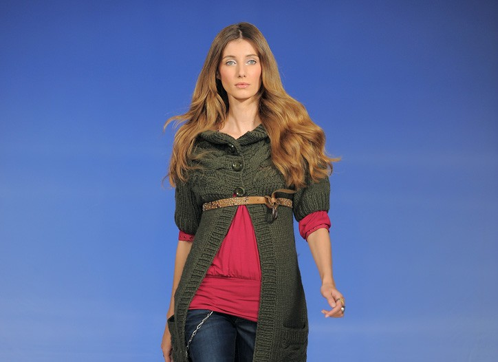 Replay looks from the fall 2009 season.