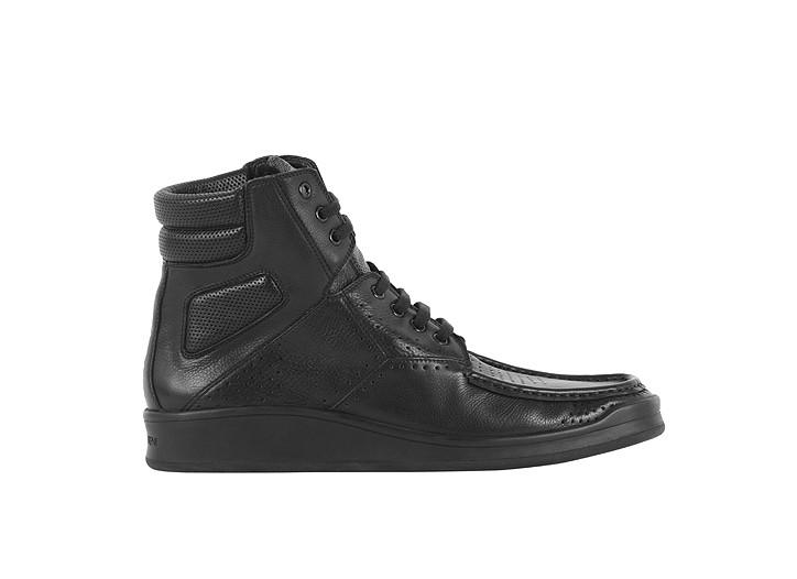 A YSL/Puma sneaker