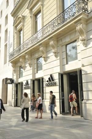 Adidas Paris