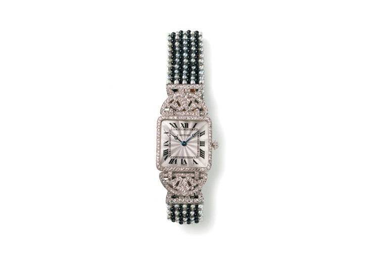 Cartier wristwatch with acanthus motifs.