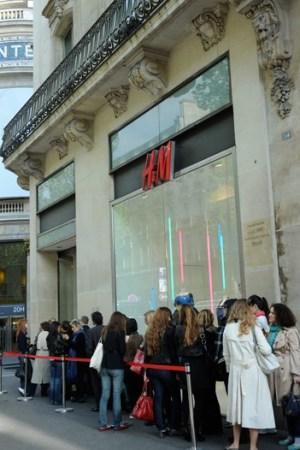 H&M Store, Paris