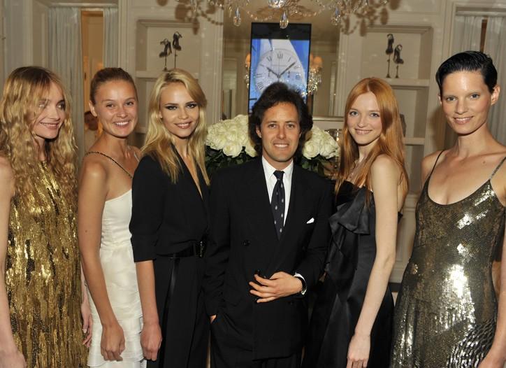 David Lauren with models Snejana Onopka, Inguna Butane, Natasha Poly, Vlada Roslyakova and Iris Strubegger.