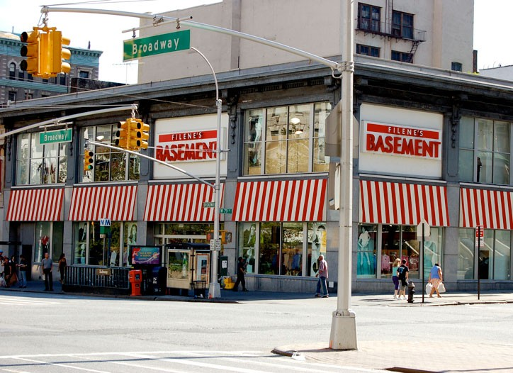 Two groups are in a bidding war for Filene's Basement.