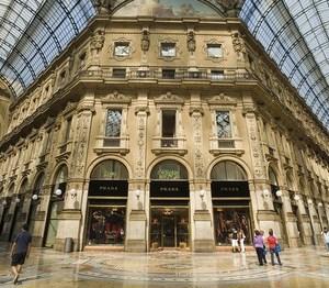 Galleria Prada Vuitton